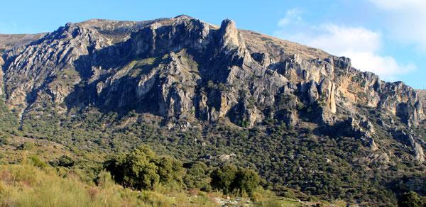 Almadén Chico y Pico de la Abuela